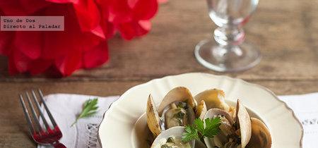 Siete recetas poco habituales que puedes preparar con almejas aprovechando la temporada