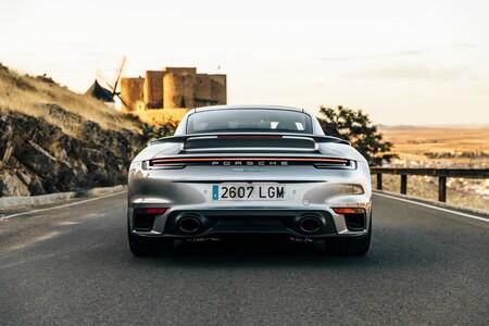 Porsche 911 Turbo S trasera