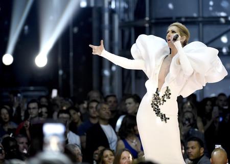 El estilo y la clase brillaron por su ausencia en la alfombra roja de los Premios Billboard 2017