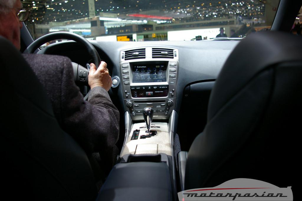 Foto de Lexus IS-F en el salón de Ginebra (10/10)
