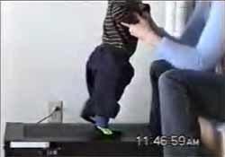 Terapia con cinta para que los bebés con Síndrome de Down caminen más temprano