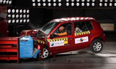 Latinncap Renault Clio