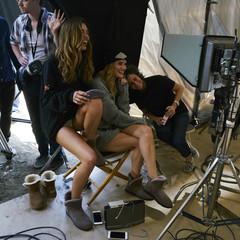 Foto 13 de 19 de la galería las-botas-ugg-se-reinventan-para-lucir-los-pies-mas-calentitos-con-mucho-estilo-y-copiando-a-las-it-girls en Trendencias