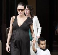 La Jolie embarazada de gemelos