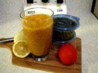 Zumo de hortalizas para comer vegetales y refrescarnos en verano