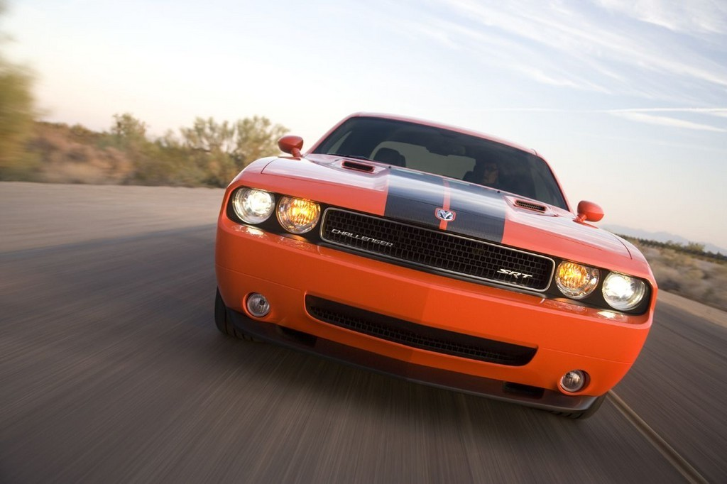Foto de Dodge Challenger SRT8 (34/103)