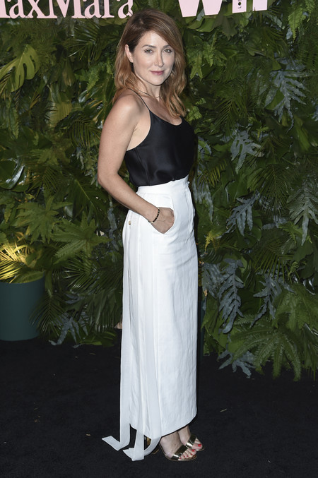 max mara vanity fair red carpet Sasha Alexander