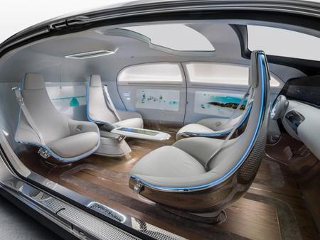 Mercedes Benz F015 Luxury In Motion (1)