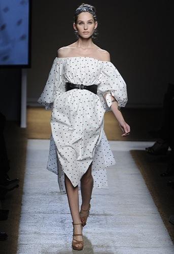 Yves Saint Laurent, Primavera-Verano 2010 en la Semana de la Moda de París VI