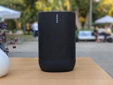 """Sonos Move: el nuevo altavoz de la marca apuesta por la portabilidad y poder llevarlo """"casi"""" siempre con nosotros"""