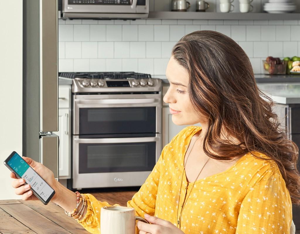 LG añadirá control por voz a sus electrodomésticos a través de la app ThinQ