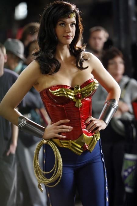 Adrianne Palicki Candidatas Wonder Woman