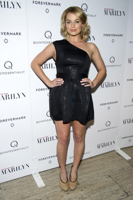 2011 Margot Robbie look