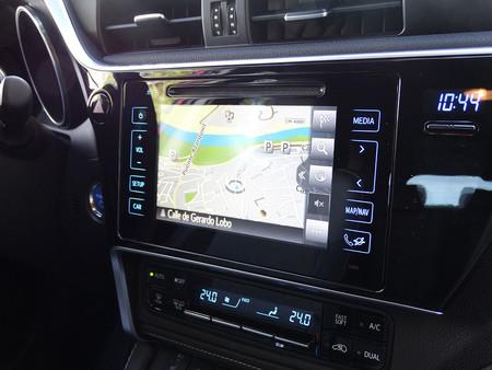 Prueba Toyota Auris Hybrid 2016 Interiores
