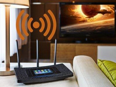 Mejorar la seguridad de la red Wi-Fi de casa es tan sencillo cómo cambiar el nombre y la clave de nuestra Wi-Fi