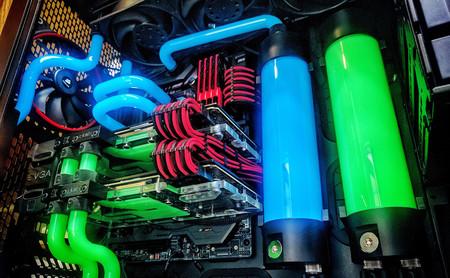 Refrigeración líquida: qué es, cómo funciona y cuándo merece la pena apostar por ella para «propulsar» nuestro PC