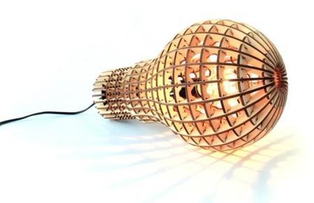 Wooden Bulb: lámpara-bombilla en madera natural