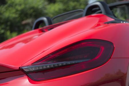 Porsche Boxster Spyder Toma Contacto