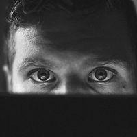 """El hombre que almacenó 2 millones de gigas de porno en su cuenta de Amazon para """"probar el almacenamiento ilimitado"""""""