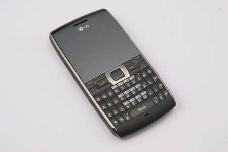 LG GW550, para un público profesional