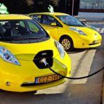 El Nissan LEAF y la Nissan e-NV200 presumen de ser los eléctricos puros que más eligen los taxistas