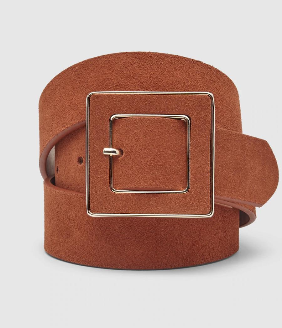 Cinturón de mujer El Corte Inglés de piel marrón con hebilla cuadrada
