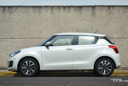 Suzuki Swift Glx 2018 5