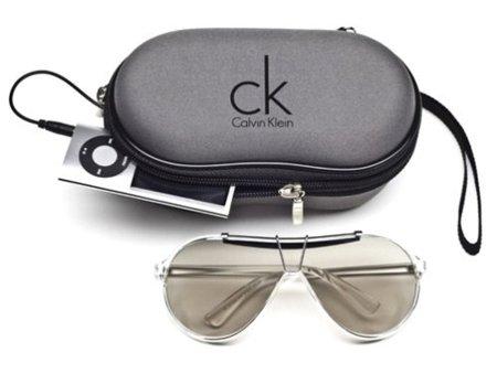 Gafas Calvin Klein con funda altavoz