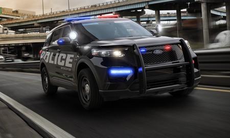 Este SUV híbrido de gasolina es el nuevo coche de policía de Ford, o Ford Police Interceptor Utility