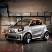 smart forease+ concept: el 'mini roadster' eléctrico estrena capota rígida en Ginebra