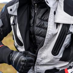 Foto 3 de 12 de la galería dainese-explorer-antartica en Motorpasion Moto