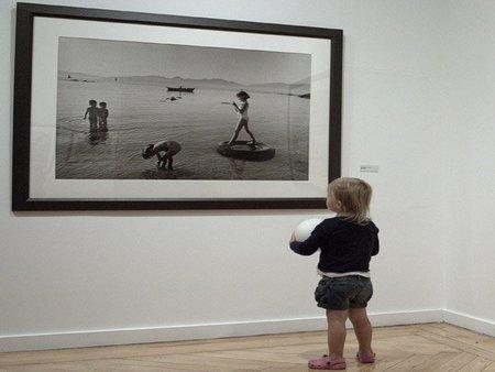 La foto de tu bebé: Lía se acerca al arte