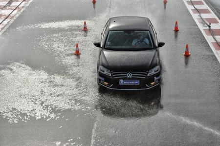 Nueva etiqueta europea para neumáticos, te explicamos qué es