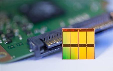 Los SSDs M.2 desatan guerra de precios en la industria NAND Flash
