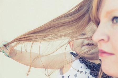 Juegos con tu bebé (de 0 a 6 meses): necesita tu piel y tus mimos