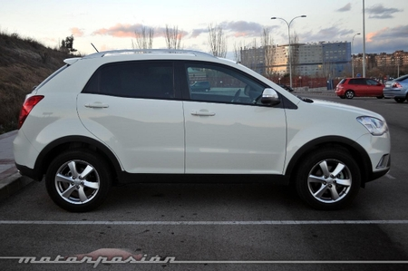 SsangYong Lateral