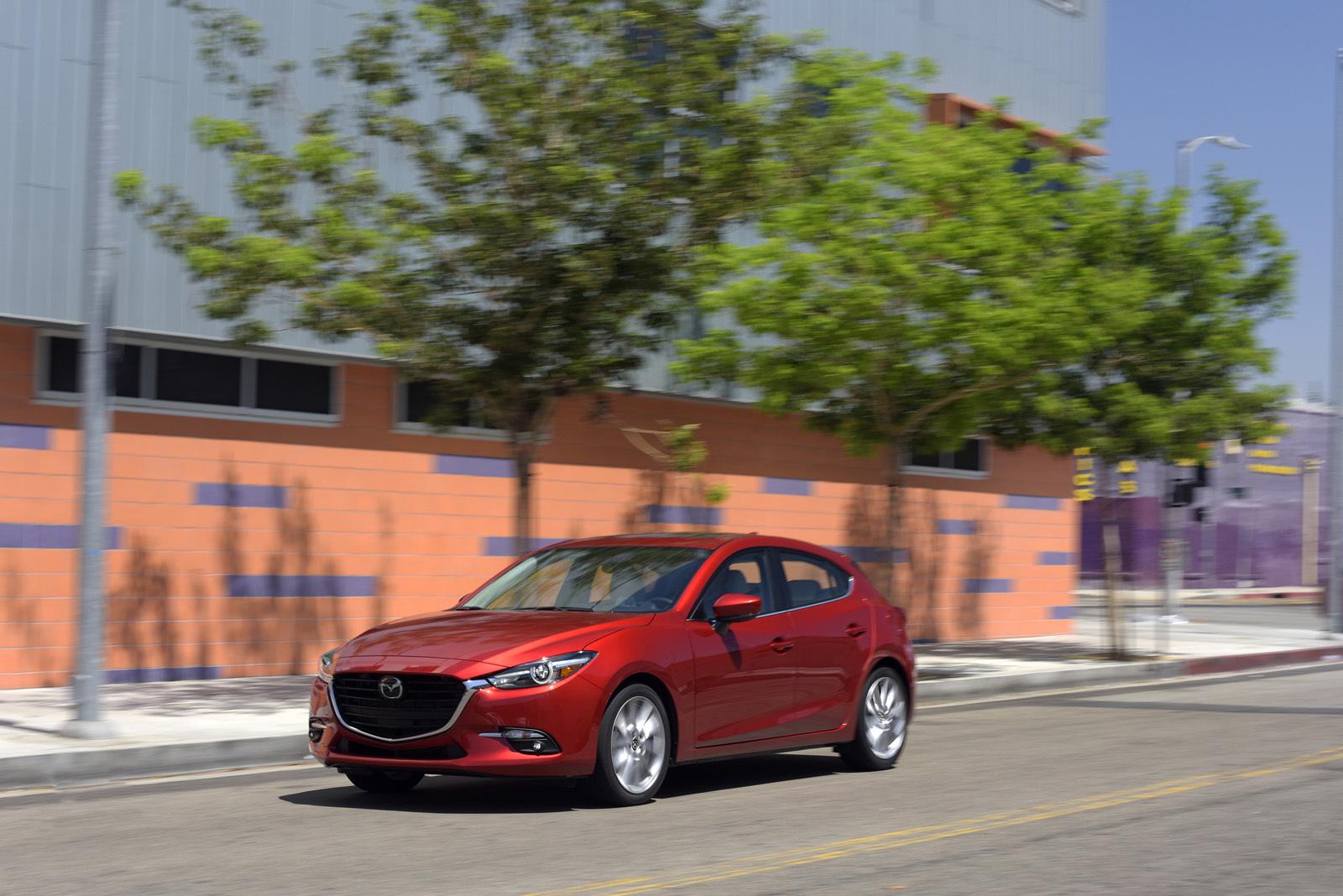 Foto de Mazda3 2017 (8/31)