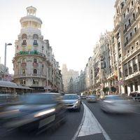 El ayuntamiento de Madrid te pagará el abono transporte... si das de baja tu coche viejo
