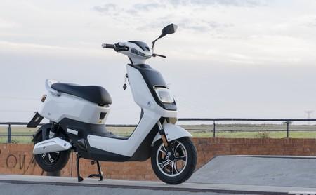 Probamos la Next NX1: un gadget de 2.199 euros 1,07 CV que quería ser una moto eléctrica