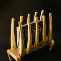 En pan de oro el revistero más elegante y original de Antoñito y Manolín