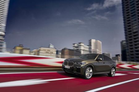 El nuevo BMW X6 estrena una parrilla luminosa, demostrando que en este SUV prima el estilo sobre la función
