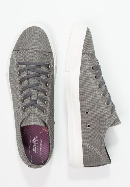 Zapatillas Burton Menswear London rebajadas un 50% ahora por sólo 14,95 euros y gastos de envío gratis