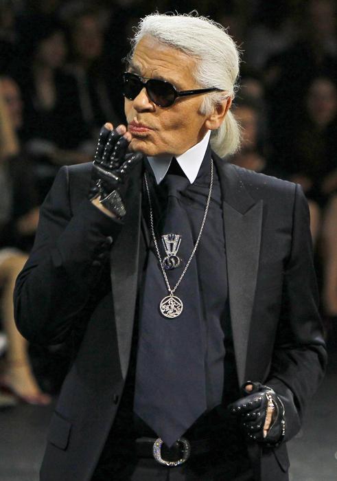 Foto de Todas las imágenes de Chanel Alta Costura Otoño-Invierno 2011/2012 (10/22)