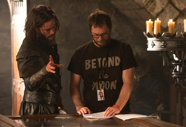 Travis Fimmel y Duncan Jones en el rodaje de Warcraft