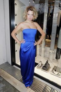 Léa Seydoux, la nueva chica Bond habla francés