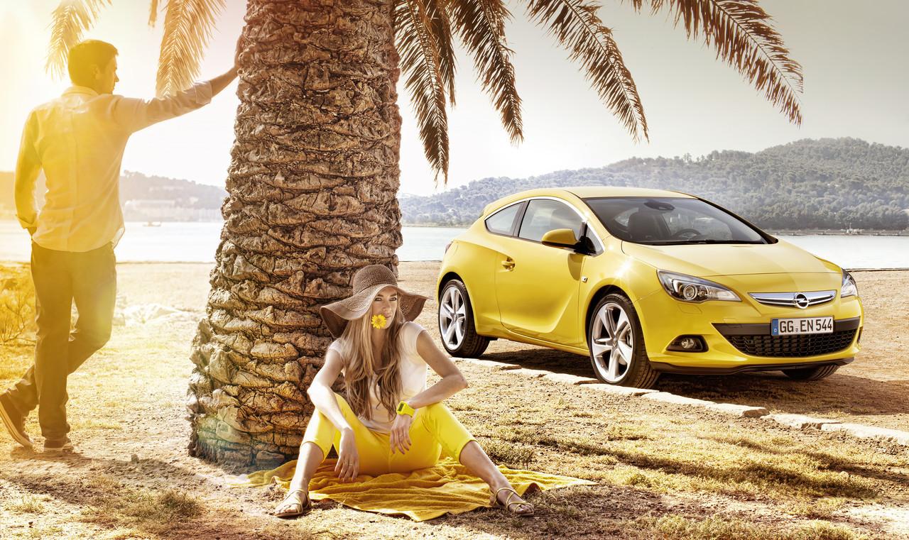Foto de Opel Astra GTC (31/90)
