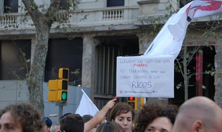 Los españoles comenzamos a ser señalados como 'pobres' fuera de nuestras fronteras