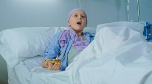 Sonrisas dulces y carrera solidaria: pequeños héroes contra el cáncer. ¡Dale al play!