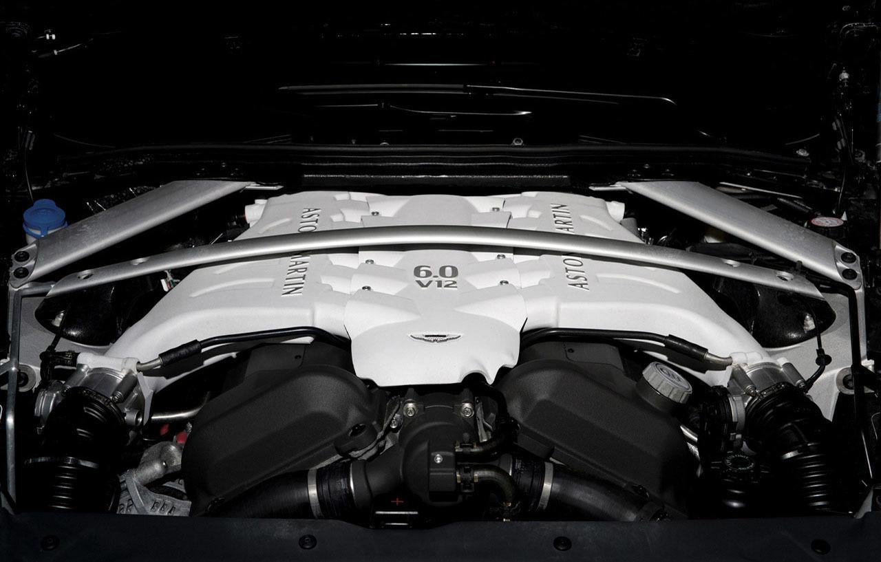 Foto de Wheelsandmore Aston Martin DBS Carbon Edition (9/14)