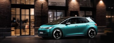 ¿Es un buen momento para comprar un coche eléctrico? Estos son todos los factores que debes tener en cuenta